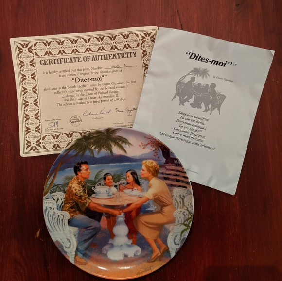 SOUTH PACIFIC COLLECTORS PLATES Set of 3